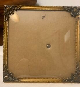 Antique Photo Gold Ornate Frame With Convex Bubble Glass 5 25 X 5 25
