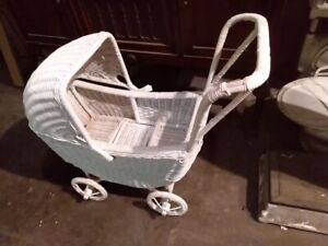 Antique Vintage Wicker Baby Carriage Or Buggy White