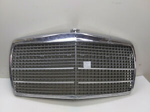 Mercedes Benz W115 Radiator Grille Shell 1158800583 W114 230 6 250 280 300 230 4