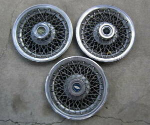 Vintage Set Of Ford Mustang Fairlane Wire Spoked Hubcaps 60 S