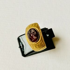 Beautiful Ancient Roman Wearable Gold Oval Shaped Carnelian Intaglio Ring Size I