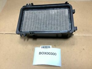 2006 Toyota Sienna 3 3l Air Intake Cleaner Filter Box Upper Cover W Sensor Oem