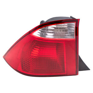 Tail Light Fits 2005 2007 Ford Focus Sedan Driver Side Left Taillamp 5s4z13405aa