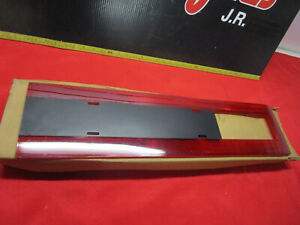 1975 1978 Ford Ltd And Galaxie Tail Reflector Lens Tail Light Lens Right Nos