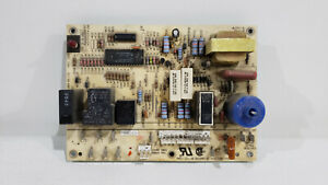 used Carrier Lh33wp003a Hvac Furnace Control Circuit Board 1068 83 11d used