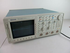 Tektronix Tds 680b Color 2 Ch Oscilloscope 500mhz 1gs s Opt 13 1f 2f