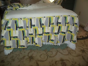Mid Century Modern Day Bed Twin Bed Skirt Looks Like Palm Beach Or South Ca