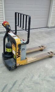 Yale 4000 Lbs Capacity Electric Pallet Jack Lift Fork Truck 24v Charger