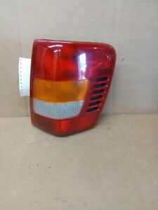 1999 2001 Jeep Grand Cherokee Passenger Right Side Tail Light Lamp 166 02466ar