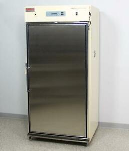 Thermo Scientific Forma 3950 Reach in Co2 Incubator Cell Culture W Warranty