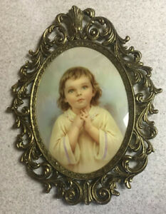 Vintage Oval Convex Picture Little Girl Praying Italian Brass Frame