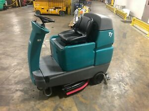 2017 Tennant T7 Floor Scrubber Fully Serviced With New Brushes And Squeegees