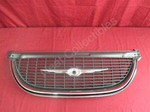 Nos Oem Chrysler Town And Country Grille 1998 2000