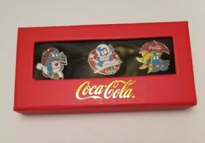 Coca Cola Pin Set 2010 Shanghai Expo Pavilion Mascot 3 Brooches Red Blue NEW