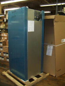 Traulsen One Section R Series Freezer R 404a 115v 60hz Rlt132wut fhs New