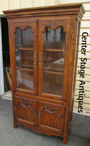 54504 Oak Curio Lighted China Cabinet