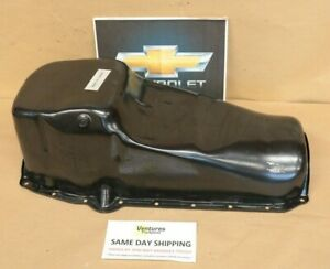 Chevy Small Block Engine Oil Pan Oem Gm Part 465221 Drivers Side Dipstick