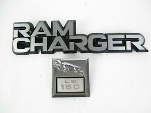 Dodge Ramcharger Le 150 Driver Left Lh Side Fender Badge Logo Emblem Set 81 93