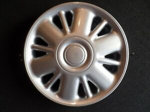 Chrysler Town Country voyager Hubcap Wheel Cover Great Replacement A74