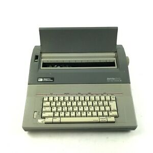 Smith Corona Sd 680 Word Processing Electronic Typewriter 5a 1 W cover 7 b4