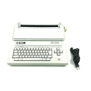 Smith Corona Typewriter word Processor Pwp 2000 5 b3
