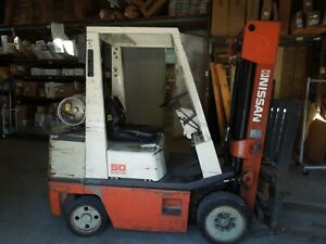 Nissan 50 Forklift Tow Motor Low Hours