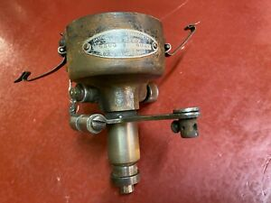 1930 Chrysler Model 70v Delco Remy Distributor Assembly