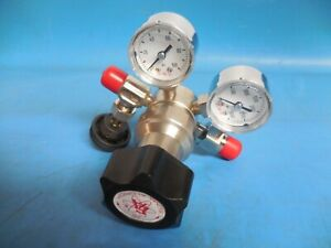 Sigma Aldrich Z146706 Lecture Bottle Gas Pressure Regulator Y11 z146706