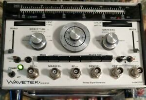Wavetek 2001 Sweep signal Generator Price Reduced 25