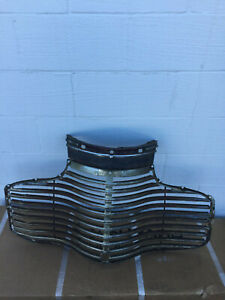 1941 Chevrolet Passenger Grille W Top Grille Original Used