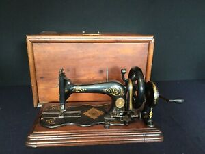 Antique Fiddle Base Family Sewing Machine Hand Crank Varley Wolfenden