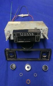 Vintage Antique Old Sparkomatic Am Fm Cassette Radio Nice Cosmetic Condition