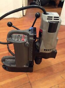 Milwaukee 4231 Electromagnetic Drill Mag Drill Portable Drill Press 4292 1