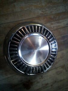 Hub Cap Plymouth Dodge Originally Offered On 1965 Models Dog Dish 10
