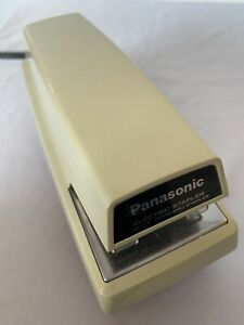 Panasonic Electric Stapler Model As 300 1 4 Standard Staples Tested Excellent