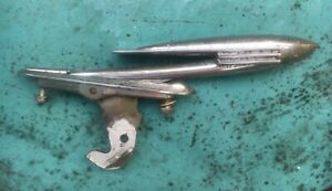 1939 1940 Cadillac Lasalle Hood Bird Ornament With Hood Latch Oem