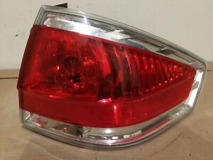 2008 2009 2010 2011 Ford Focus Sedan Passenger Rear Right Side Tail Light Oem
