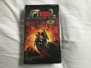 New Spy Kids 2 VHS Island of Lost Dreams  Sealed -Emily OsmentMatt O'LearyChee $5.99