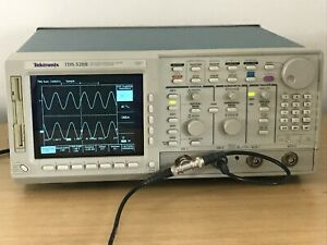 Tektronix Tds520b 500mhz 1gs s In Perfect Working Condition