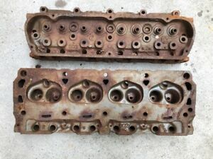 1970 Ford Mustang Small Block Windsor 302 Cylinder Heads D0oe B