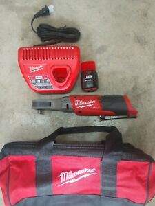 Milwaukee M12 Fuel Brushless 3 8 Ratchet W Battery Charger Model 2557 20