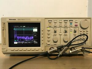 Tektronix Oscilloscope Tds784a 1ghz 4gs s In Perfect Working Condition