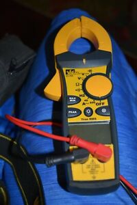 Ideal Industries 61 766 True Rms Clamp Meter Digital Multimeter W Leads In Case
