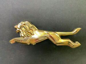 1960 Chrysler Lion Medallion Ornament For Radiator Grill 2196572
