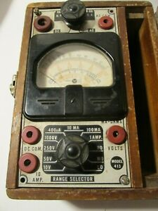Radio City Products Co Multi meter detector Model 413 Made In N y Usa
