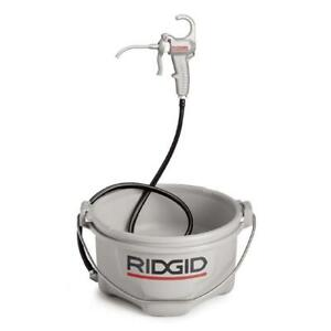 Ridgid Hand held Oiler Model 418 Heavy Duty Reservoir Ergonomic Trigger Sturdy