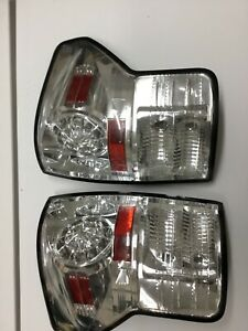 Toyota Tundra 2010 2013 Both Taillights Crystal Clear Oem