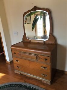 Vintage Art Deco Waterfall 3 Drawer Vanity Dresser Beautiful