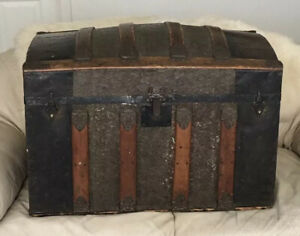 Rare Antique Steamer Trunk Ornate Vintage Humpback Chest With Drawer On Rollers