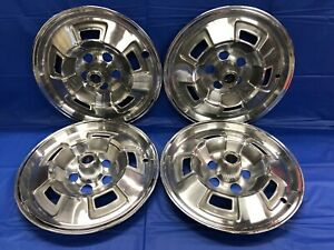 Vintage Set Of 4 1967 69 Plymouth 14 Hubcaps Barracuda Valiant